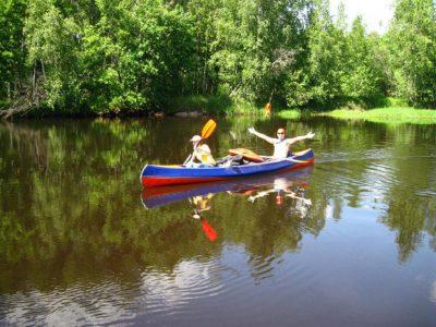 Байдарки на реке Колпь